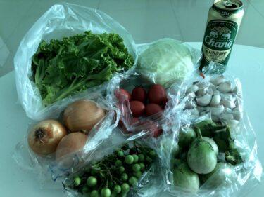 タイで自炊したい!移動販売車から激安で野菜を買う
