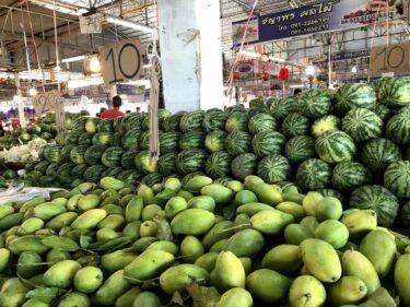 ラタナコン市場で食材調達は「お昼まで」に!【タイ自炊の豆知識】