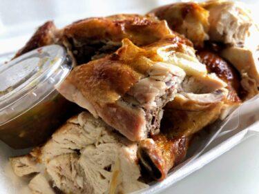 150バーツで出来たて丸鶏がいつでも食べられる!ViewTalay1前のローカル食堂